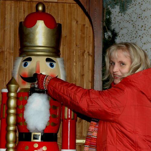 Sibyll Ciel - Warten auf Weihnacht - Bühnenshows und Auftritte